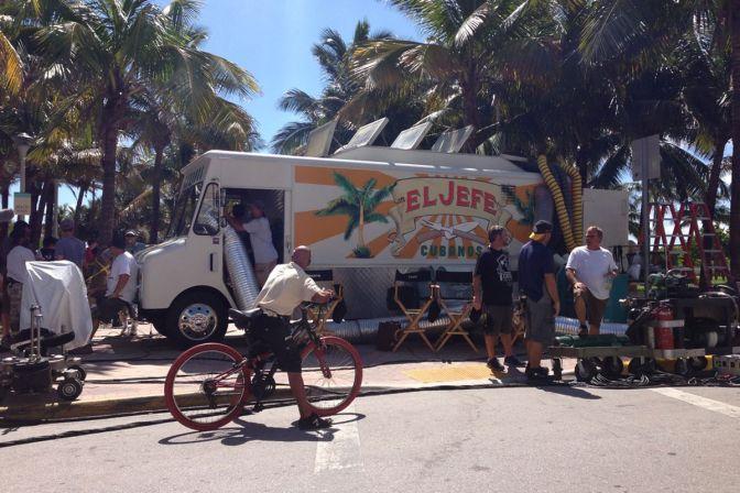 Jon-Favreau-Chef-Miami-Filming-Food-Truck-El-Jefe.0.jpg